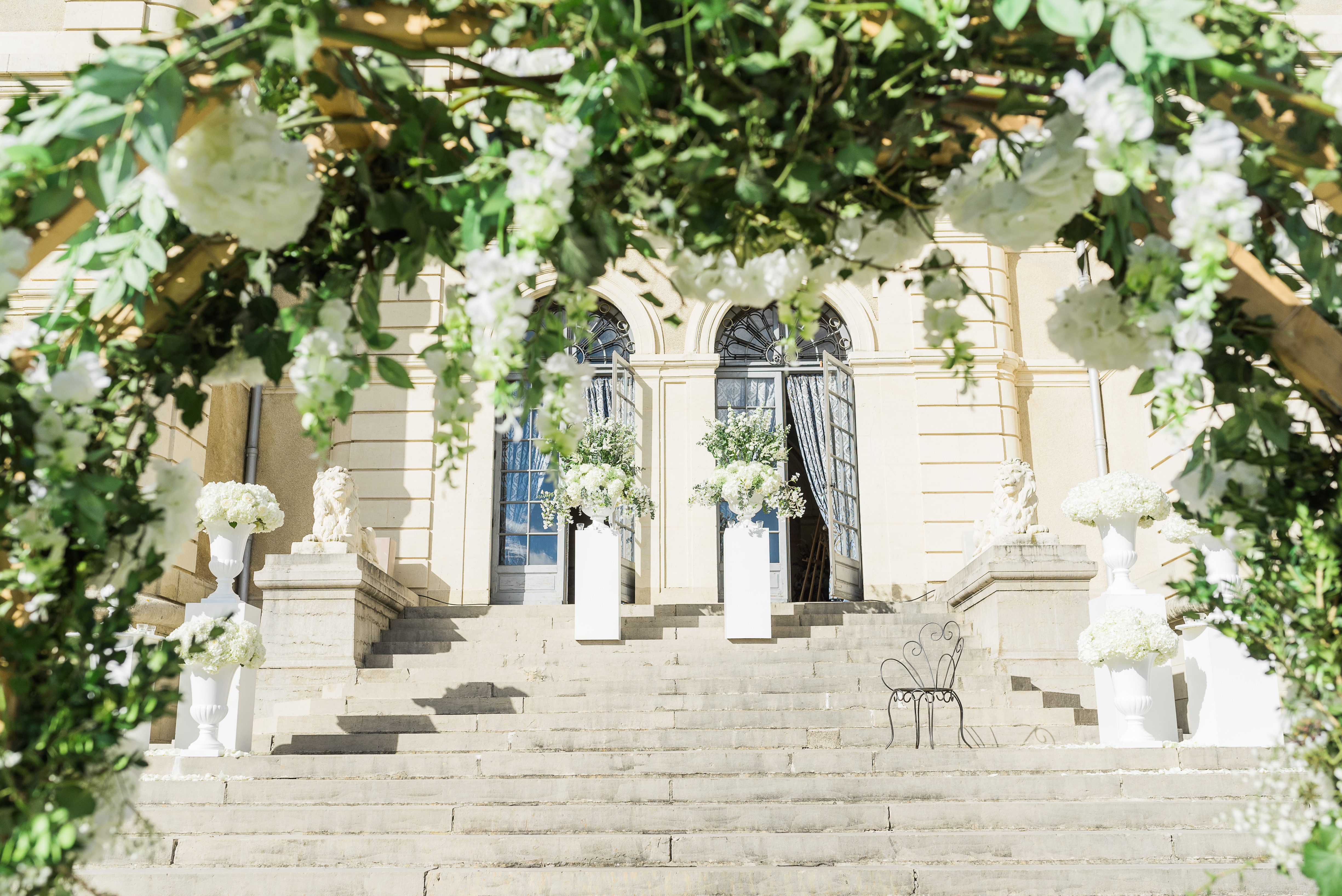 get-married-in-a-french-castle-01